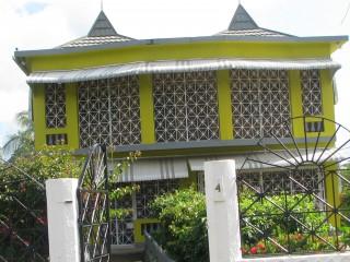 5 bed 4 bath House For Sale in Denbigh, Clarendon, Jamaica