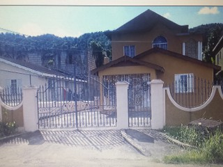 Sandy Avenue Bogue Village, St. James, Jamaica - House for Sale