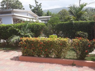 4 bed 2 bath House For Sale in Washington Gardens, Kingston / St. Andrew, Jamaica