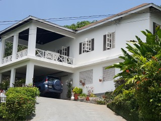4 bed 3 bath House For Sale in Smokey Vale, Kingston / St. Andrew, Jamaica