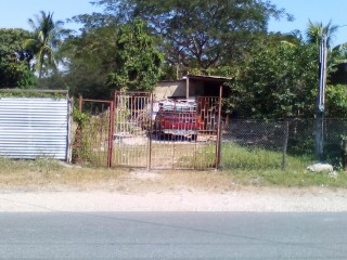 House For Sale in Spanish Town Gordon Pen, St. Catherine, Jamaica