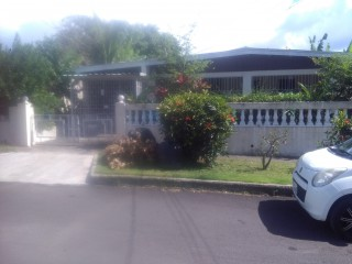4 bed 2 bath House For Sale in Hughenden  Silver Road, Kingston / St. Andrew, Jamaica