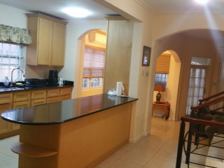 3 bed 4 bath Townhouse For Rent in Clieveden Ave Kgn 6, Kingston / St. Andrew, Jamaica