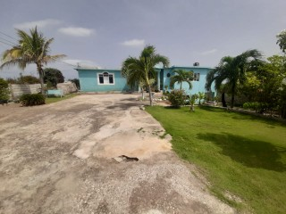 5 bed 4 bath House For Sale in Hellshire, St. Catherine, Jamaica