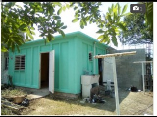 1 bed 1 bath House For Rent in Portmore, St. Catherine, Jamaica