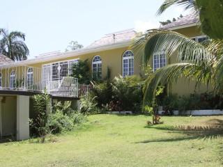 6 bed 6 bath House For Sale in Cardif Hall, St. Ann, Jamaica