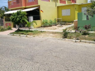 NW 2nd Avenue Epsom, St. Catherine, Jamaica - House for Sale