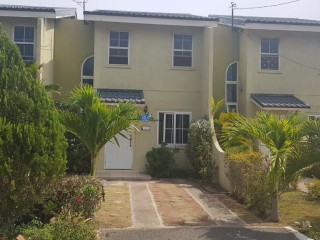 2 bed 2.5 bath Townhouse For Sale in St Catherine, St. Catherine, Jamaica