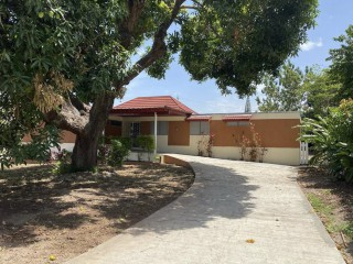 3 bed 3 bath House For Rent in Allerdyce, Kingston / St. Andrew, Jamaica