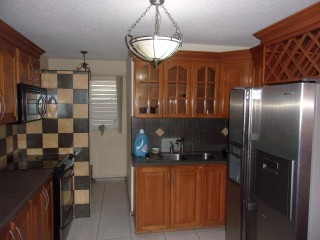 Kings Court Halifax, Kingston / St. Andrew, Jamaica - Apartment for Lease/rental