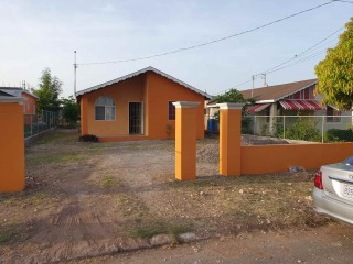 2 bed 1 bath House For Rent in Old Harbour, St. Catherine, Jamaica
