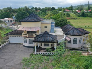 6 bed 5 bath House For Sale in Williams field, Manchester, Jamaica