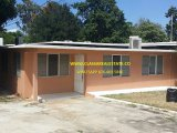 PARADISE ACRES, St. James, Jamaica - House for Sale