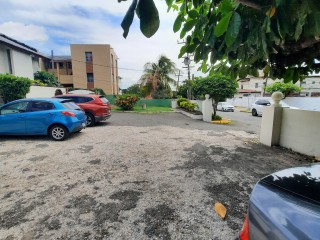 3 bed 2.5 bath Townhouse For Rent in Off Hope Rd, Kingston / St. Andrew, Jamaica