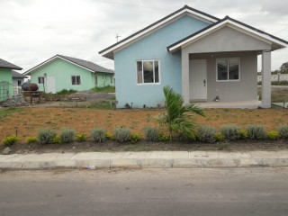 2 bed 1 bath House For Rent in Innswood, St. Catherine, Jamaica