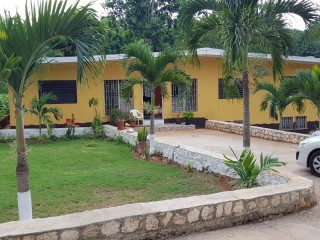 8 bed 3 bath House For Sale in Belvedere, Kingston / St. Andrew, Jamaica