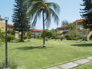 2 bed 2 bath Apartment For Rent in OCEAN PINES, St. James, Jamaica