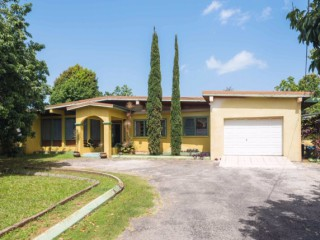 4 bed 4 bath House For Sale in Mandeville, Manchester, Jamaica