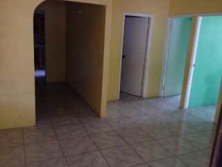 2 bed 1 bath House For Rent in Pembroke Hall, Kingston / St. Andrew, Jamaica