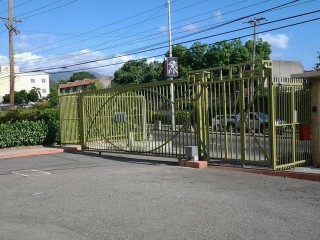 3 bed 2.5 bath Townhouse For Sale in Kingsgate, Kingston / St. Andrew, Jamaica