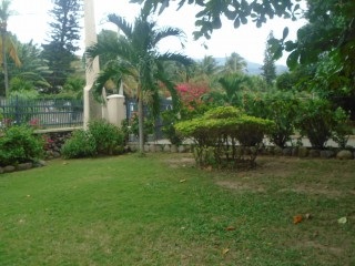 MANOR PARK, Kingston / St. Andrew, Jamaica - House for Sale