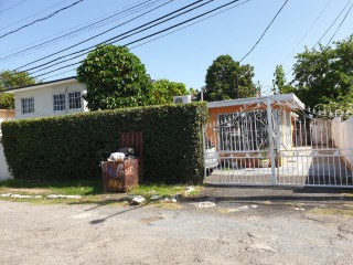 3 bed 2 bath House For Sale in Pleasanton Gardens, Kingston / St. Andrew, Jamaica