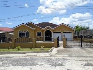 4 bed 4 bath House For Sale in Santa Cruz, St. Elizabeth, Jamaica