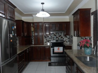 Retreat Ave, Kingston / St. Andrew, Jamaica - Townhouse for Lease/rental