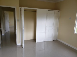 4 bed 3 bath House For Sale in Bog Walk, St. Catherine, Jamaica