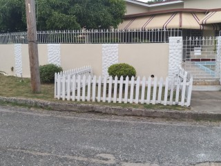 4 bed 3 bath House For Sale in 21 Sheriton Park Crescent Kingston 10, Kingston / St. Andrew, Jamaica