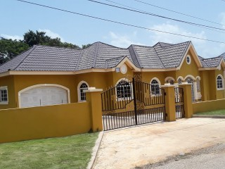 3 bed 3.5 bath House For Sale in St Elizabeth, St. Elizabeth, Jamaica