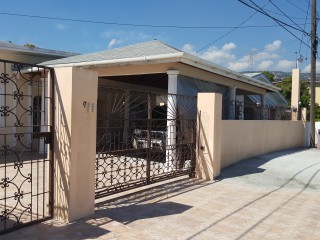 2 bed 1 bath House For Rent in Three Oaks Gardens, Kingston / St. Andrew, Jamaica