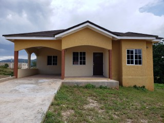 3 bed 2 bath House For Sale in Bog Walk, St. Catherine, Jamaica