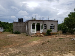 2 bed 2 bath House For Sale in Palmers  Cross, Clarendon, Jamaica