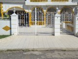 Meadowbrook Avenue, Kingston / St. Andrew, Jamaica - House for Sale