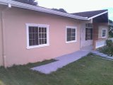 Clover, Manchester, Jamaica - House for Lease/rental