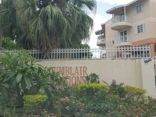 2 bed 1 bath Apartment For Sale in Drumblair, Kingston / St. Andrew, Jamaica