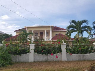 6 bed 6 bath Apartment For Sale in Runaway Bay, St. James, Jamaica
