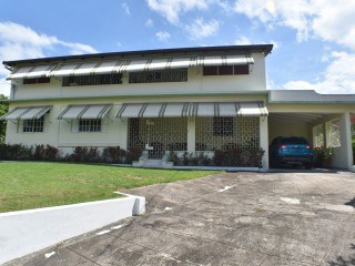 4 bed 4 bath House For Sale in Graham Heights, Kingston / St. Andrew, Jamaica