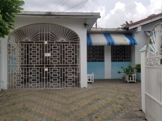 4 bed 2 bath House For Sale in Kingston 19, Kingston / St. Andrew, Jamaica