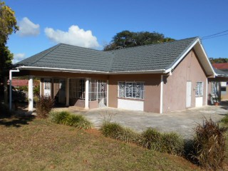 Decarteret Drive, Manchester, Jamaica - House for Sale