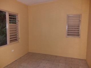 2 bed 1 bath House For Rent in Meadowbrook, Kingston / St. Andrew, Jamaica