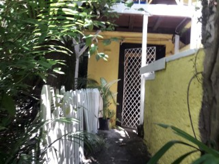 1 bed 1 bath Apartment For Rent in Gordon Town, Kingston / St. Andrew, Jamaica