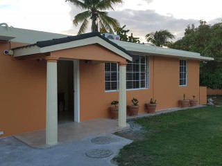 3 bed 2 bath House For Rent in Mona Heights, Kingston / St. Andrew, Jamaica