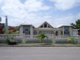 CLIFTON BLVD, Manchester, Jamaica - House for Sale