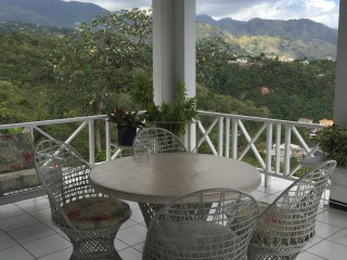 5 bed 3.5 bath House For Sale in Smokey Vale, Kingston / St. Andrew, Jamaica