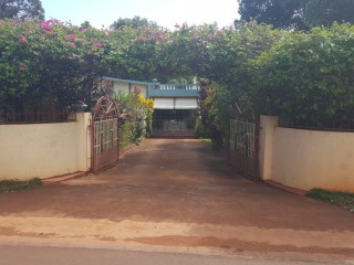 3 bed 3 bath House For Sale in Kingsland Kitson Town, St. Catherine, Jamaica
