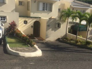KINGSTON 8, Kingston / St. Andrew, Jamaica - Townhouse for Sale