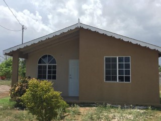 2 bed 1 bath House For Rent in New Harbour Village, St. Catherine, Jamaica