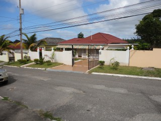 3 bed 2 bath House For Sale in RHINE Park, St. James, Jamaica